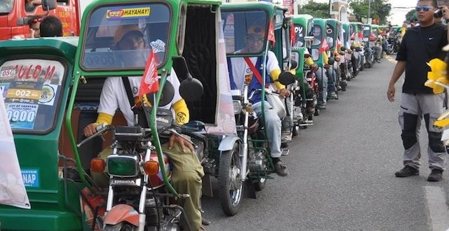 World's Largest Parade Of Motorcycles With Sidecars
